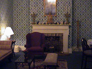 0970Inside_a_Southern_Mansion_-_New_Orleans