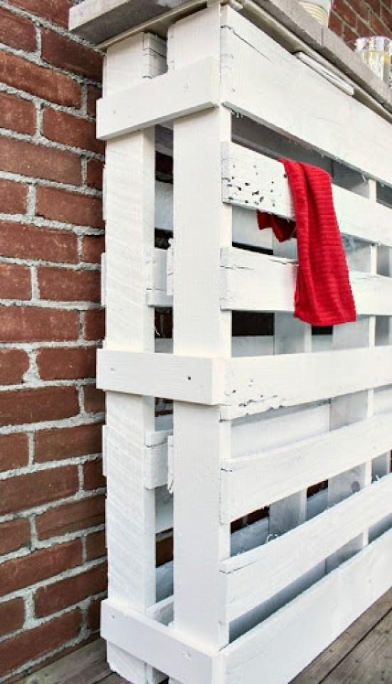 DIY-wood-pallet-bar-5