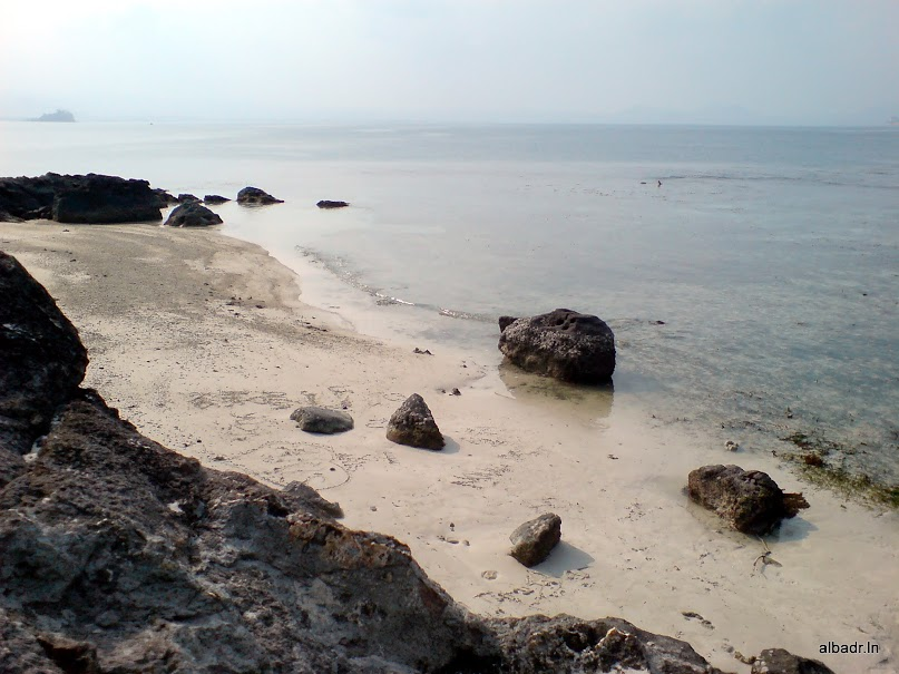 Beautiful Landscape of Mutun Beach and Tangkil Island – part 3 of 3 : The Island (2/6)