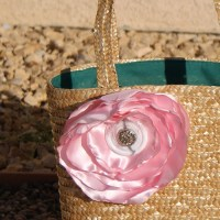 Spring inspired Straw flower tote