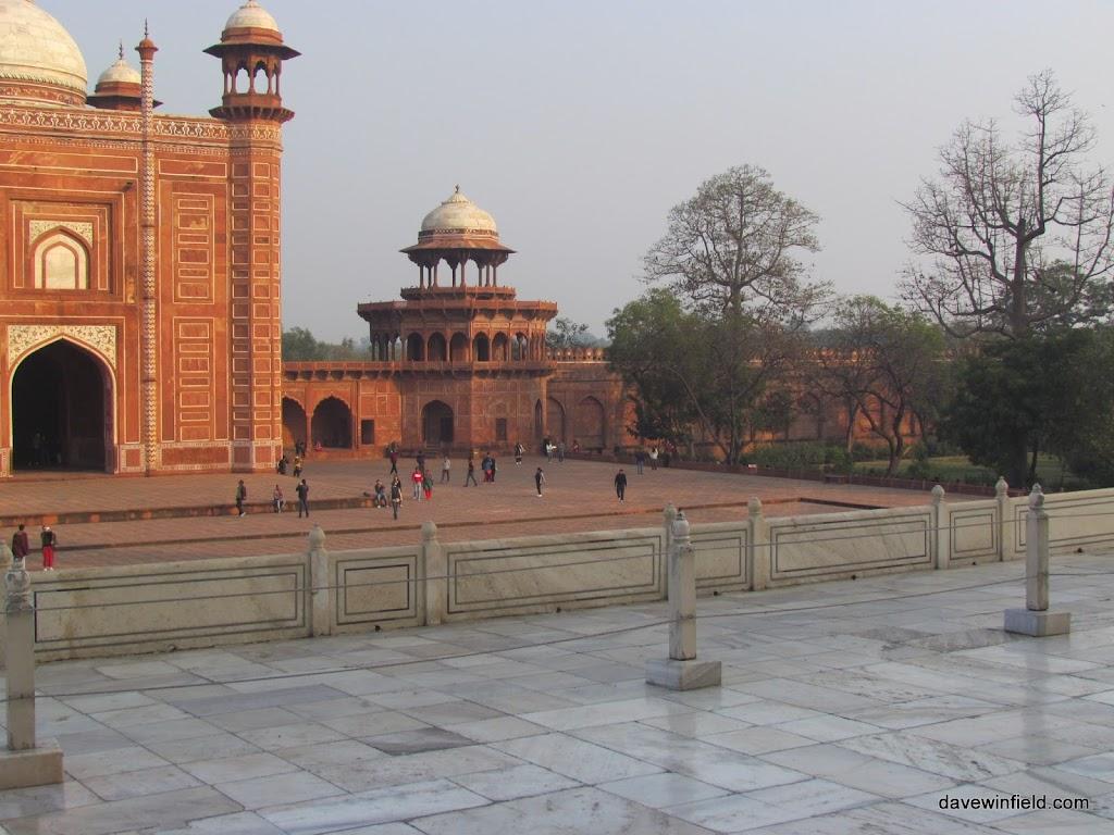 0500The Taj Mahal