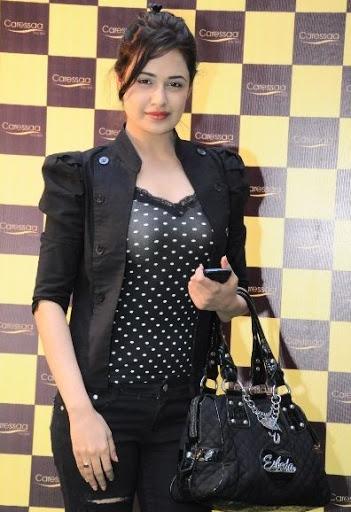 Yuvika Chaudhary Measurement