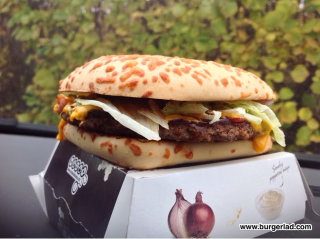 McDonald's Festive Deluxe Burger Review
