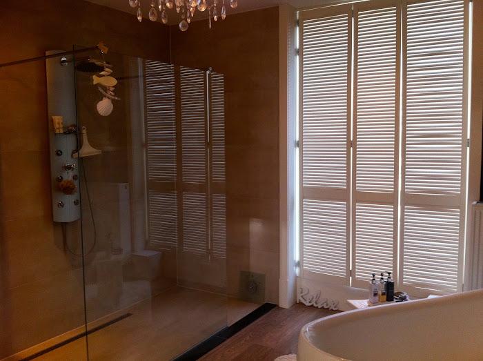 21Ouder badkamer.jpg