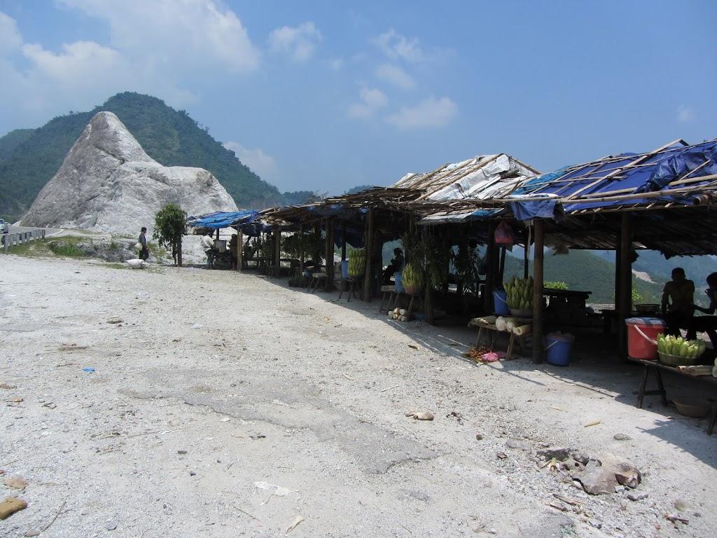 0069The_Road_to_Mai_Chau