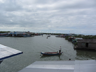 0042Tonle_Sap_Lake_Floating_Village