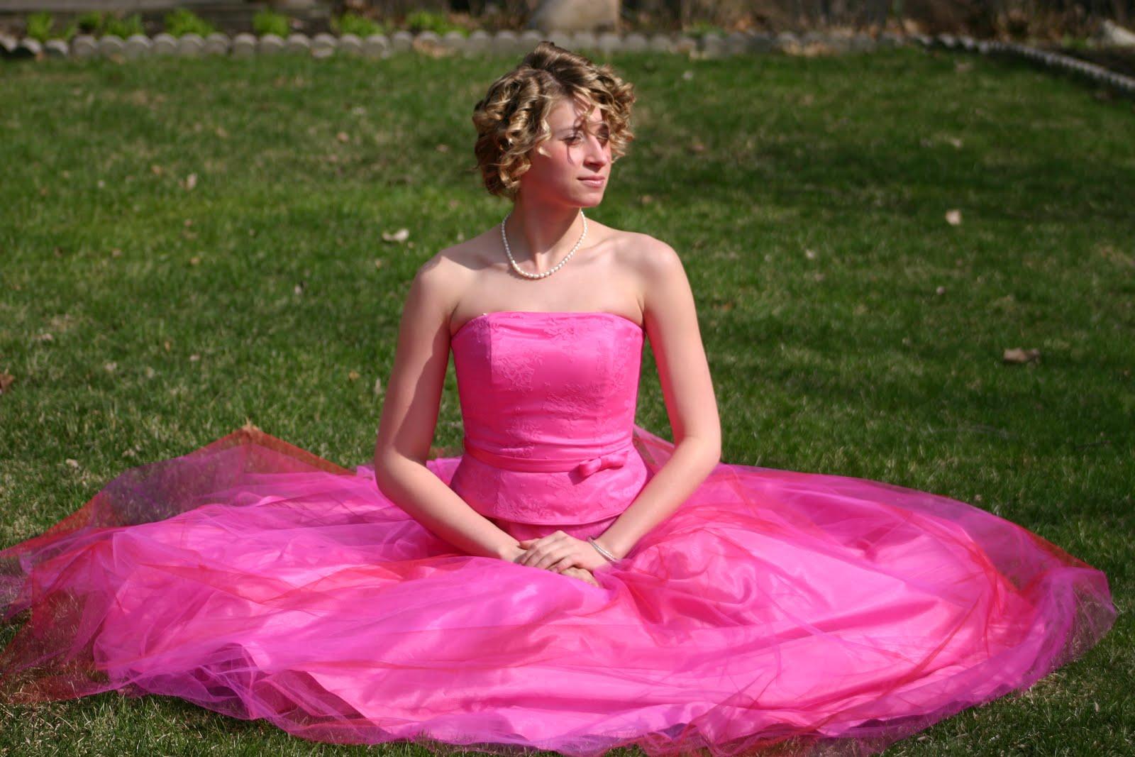 Ronenia's Blog: Puffy Wedding Dresses