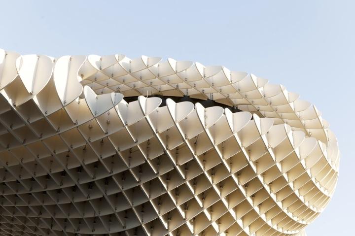 *西班牙-賽維利亞廣場古城新地標:大型蜂巢傘狀建築Metropol Parasol! 6