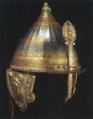 арабский алфавит на шлеме Невского