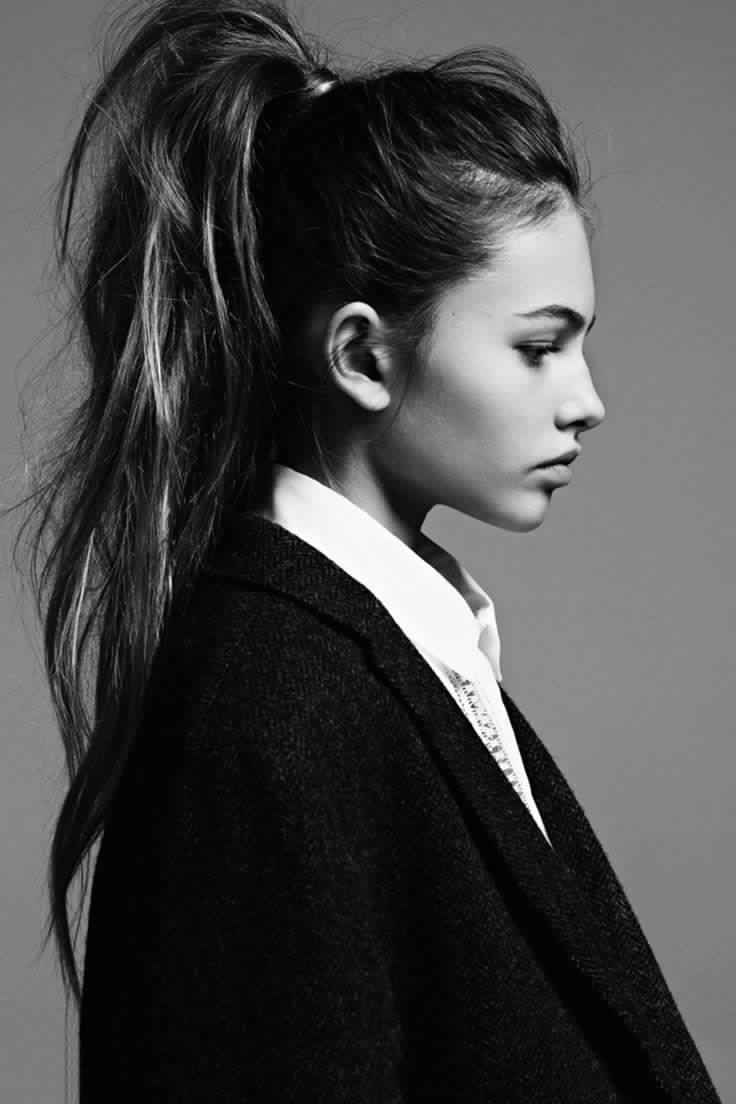 Chic Messy Ponytail Hairstyle