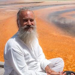 Master-Sirio-Ji-USA-2015-spiritual-meditation-retreat-5-Yellowstone-Park-12.jpg