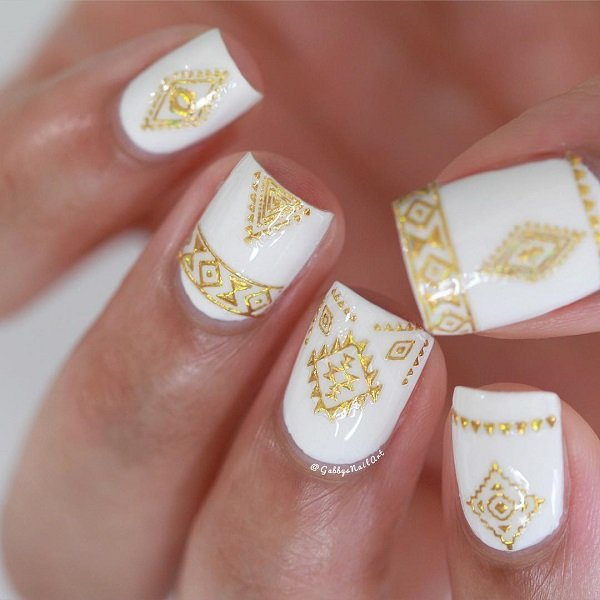 Gold Nails art