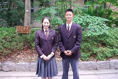 京都府立鳥羽高等学校の女子の制服1