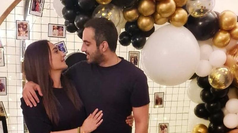Actress Momal Sheikh and her husband Nader Nawaz Celebrated 10th Wedding Anniversary