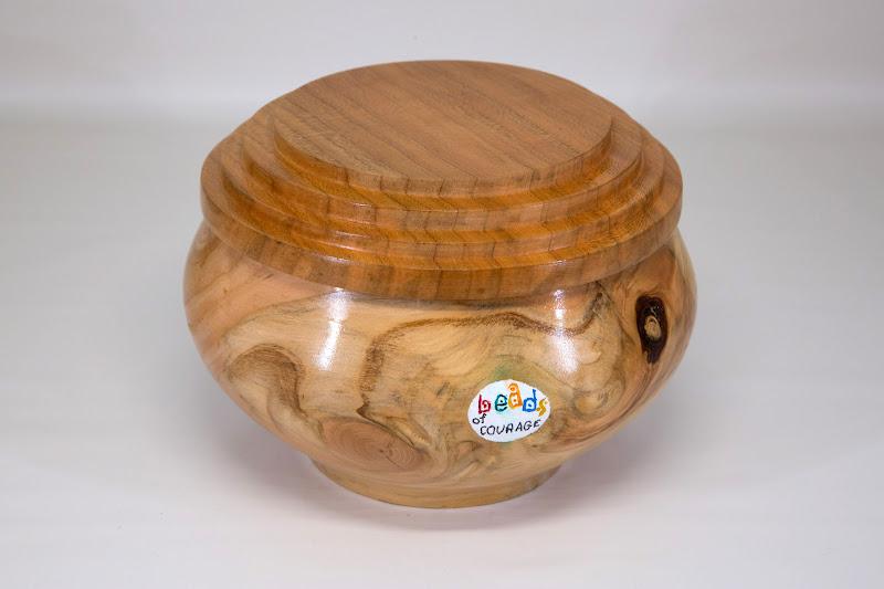 Joe Barnard BoC box [pine, cherry, paint]