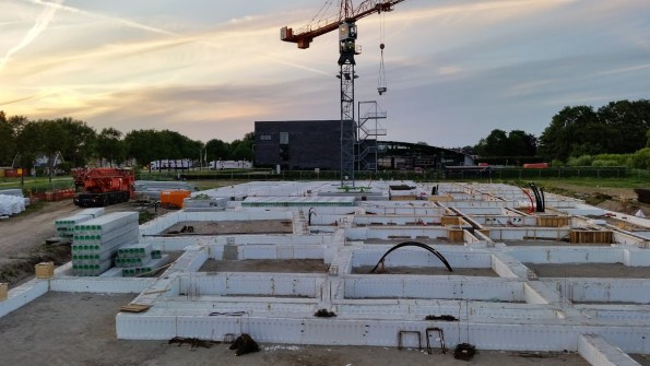 MFC fundering met links het theater