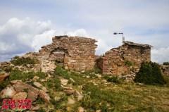 Ermita de Santa Marina en la cima del pico Nabaín ©aunpasodelacima