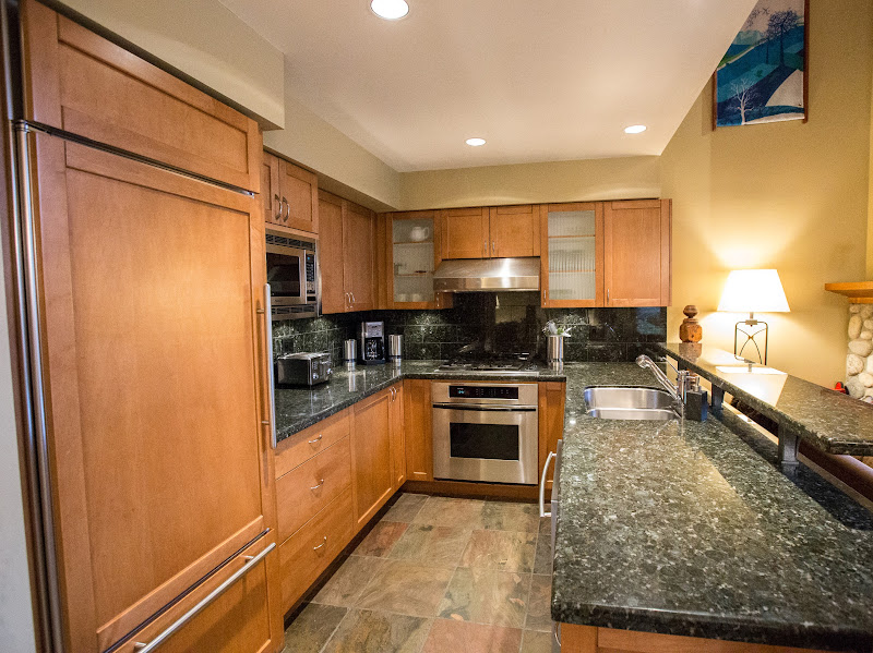 Kitchen Whistler Montebello Luxury Rental