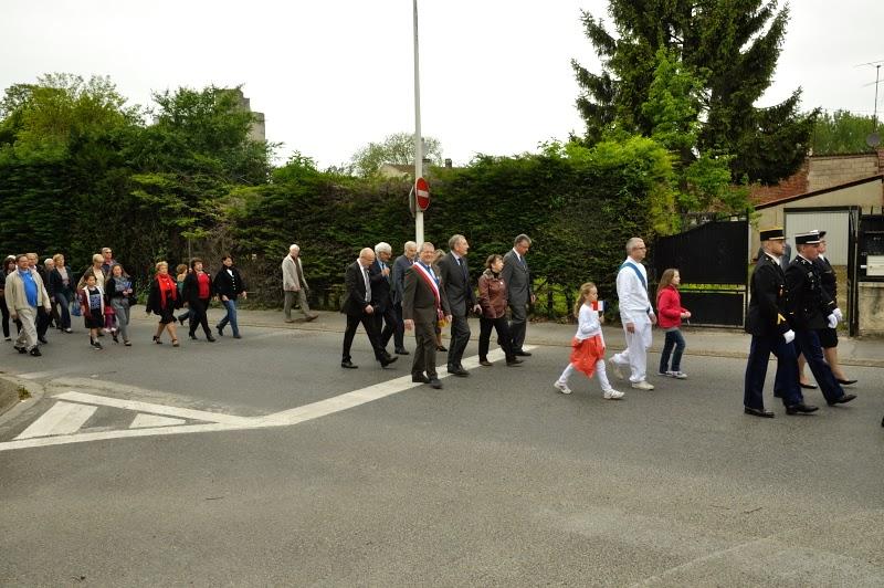 ceremonie-du-8-mai-2015-18