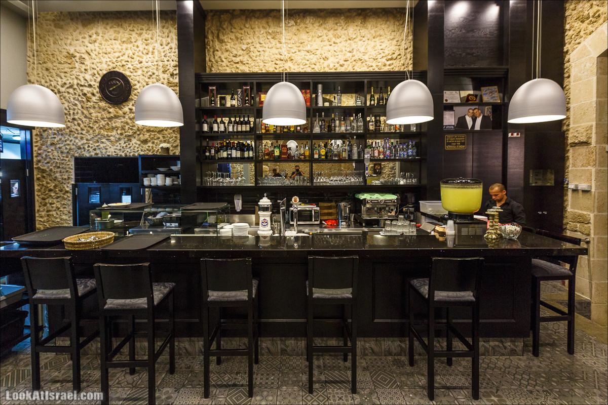 Ресторан Святой Георгий в Яффо | Saint George restaurant in Jaffa | מסעדת סנט ג׳ורג׳ ביפו || LookAtIsrael.com - Фото путешествия по Израилю