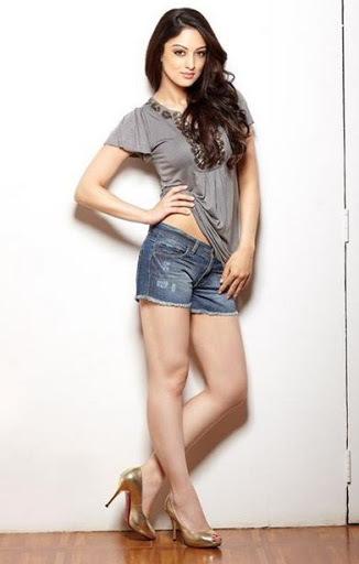 Sandeepa Dhar Height