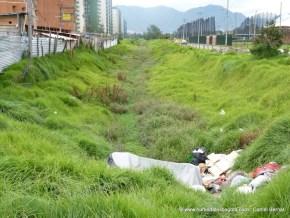 Habitante de calle e invasión de la ribera de la quebrada