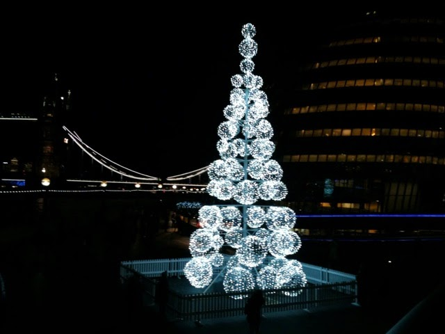 Christmas tree More London