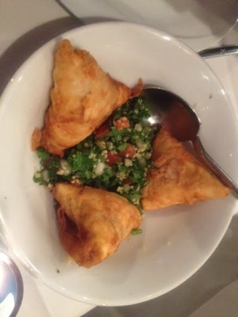 Filo pastry filled with mushrooms, known as Pacanga