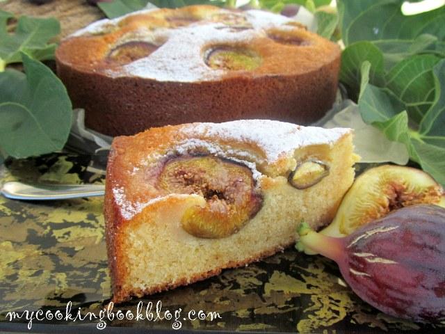 Кейк със смокини, джинджифил, индийско орехче и уиски