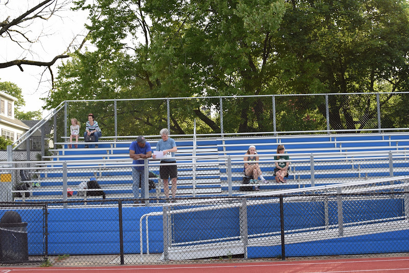 All-Comer Track and Field - June 15, 2016 - DSC_0331.JPG