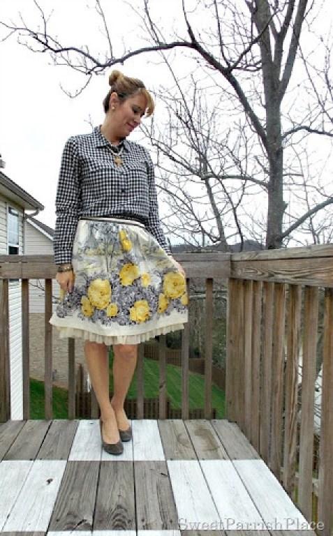 Full floral skirt, plaid shirt, grey pumps2