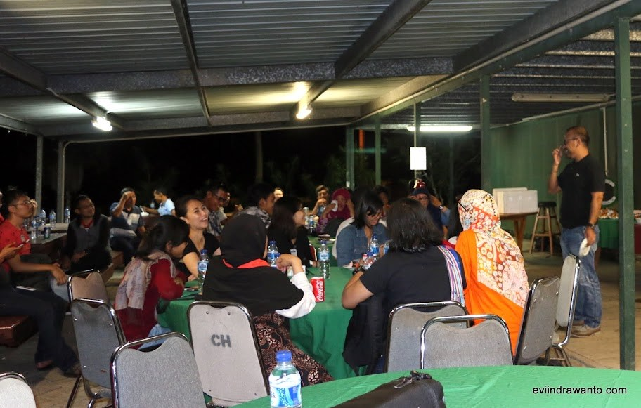 Peserta Batu Hijau Sumbawa BootCamp dijamu makan malam