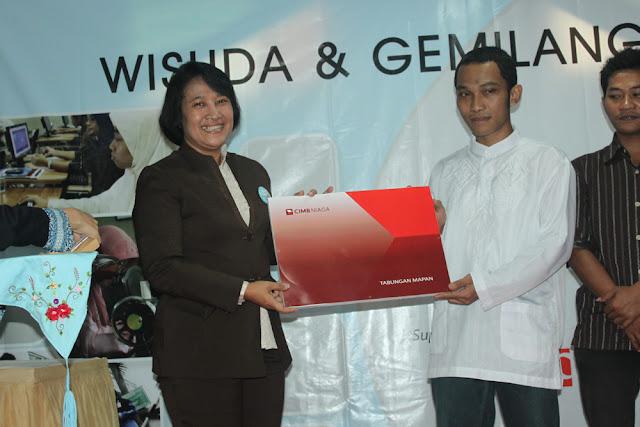 Wisuda dan Gemilang Expo 2011 - IMG_1987.JPG