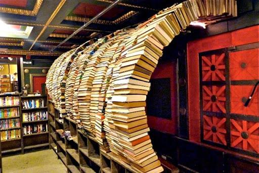 the-last-bookstore-1