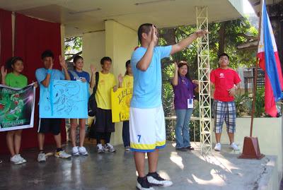 Vincent Adecer gives his Oath of Sportsmanship