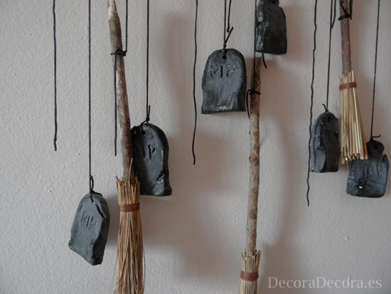 Móvil para decorar en Halloween.