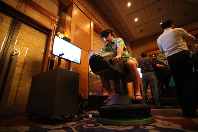 【2016 TGS】FutureTown  5D Total Motion 體感 VR 騎坐模組