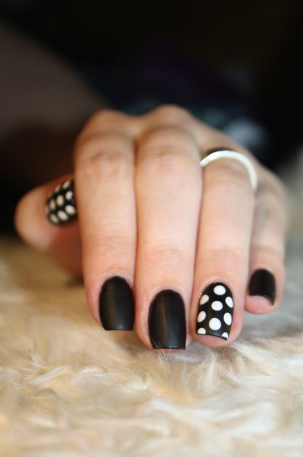 20 Majestic Black and White Nail Art Designs For 2018 - fashonails