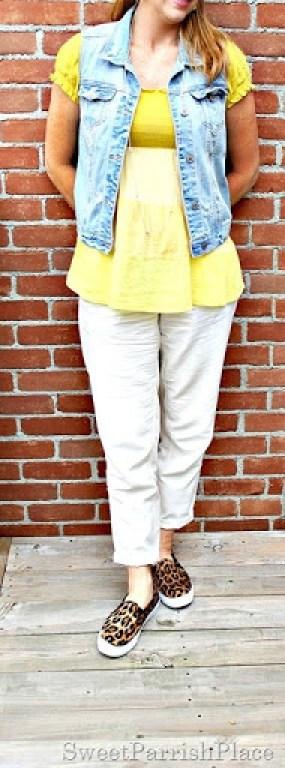 khaki-pants-yellow-top-denim-vest4
