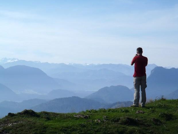 Schon ein ganzes Stück unter dem Gipfel ergeben sich tolle Tief- und Ausblicke