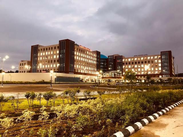 pune command hospital 5000 beds