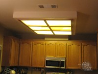 flurosecent-kitchen-light-box.jpg