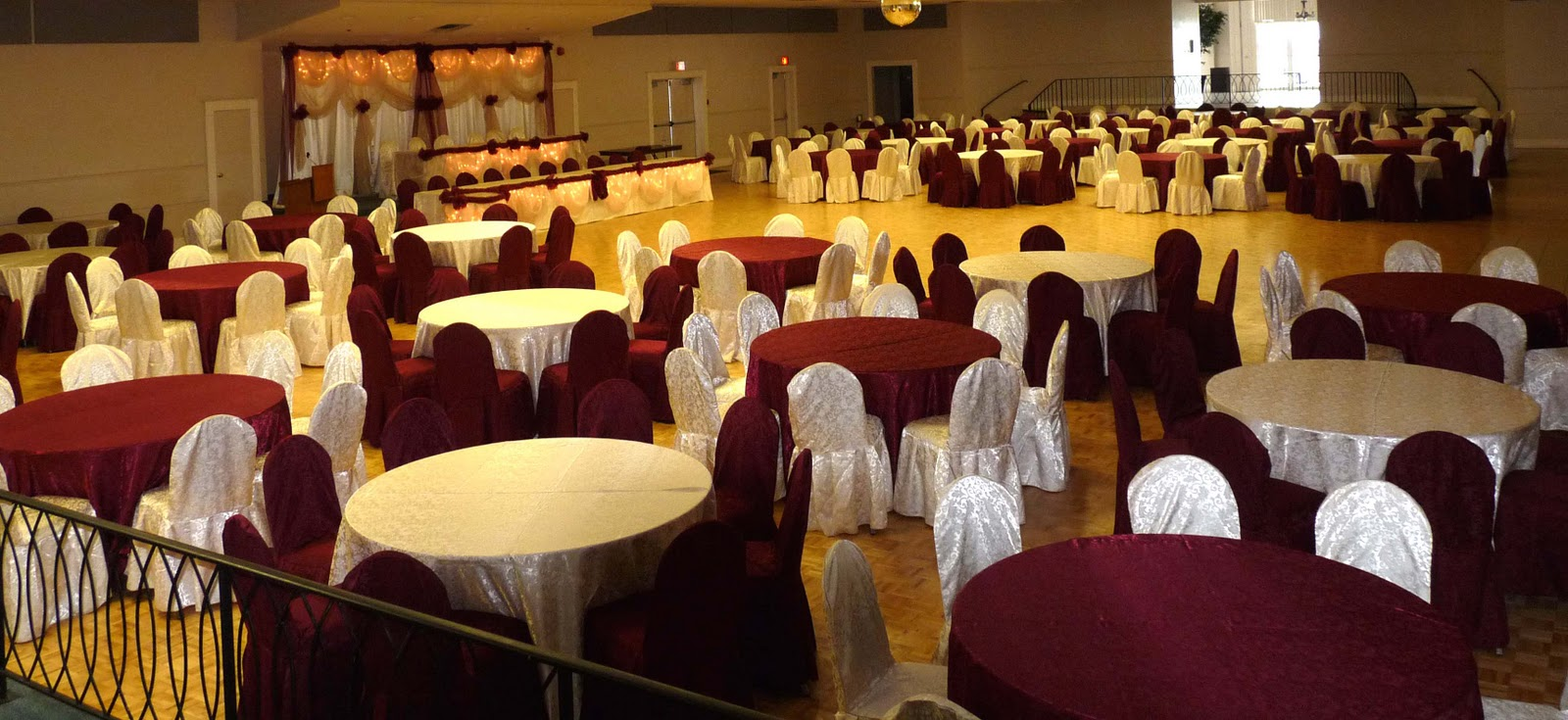chair cover rentals gta black metal chairs www.decor-rent.com: toronto and wedding decorations 2011. by www.decor-rent.com