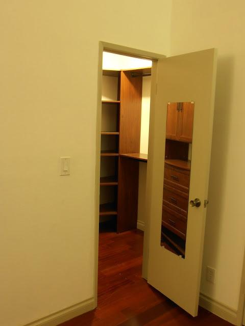 Master Bedroom - Walking closet