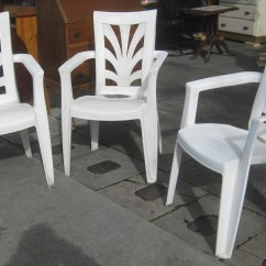 Plastic Chair Covers Target Buy Chiavari Chairs Uhuru Furniture And Collectibles Sold Patio