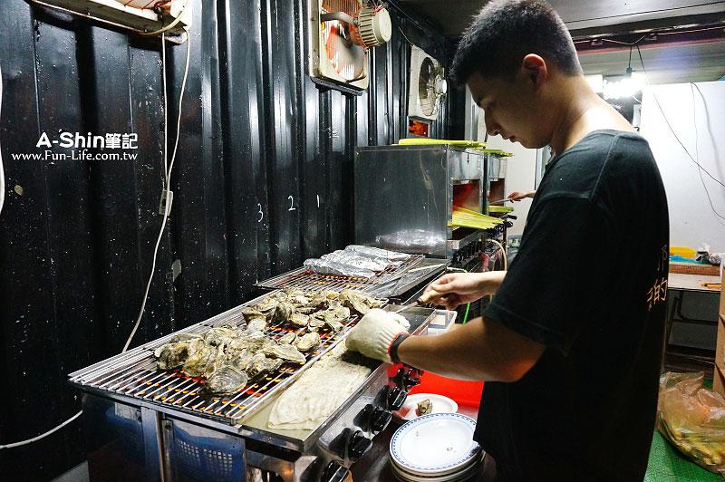 龍井海鮮燒烤-那兩蚵烤鮮蚵4