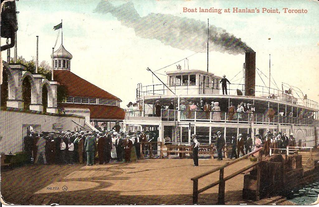 postcard-toronto-island-hanlans-point-boat-landing-at-dock-c1910s