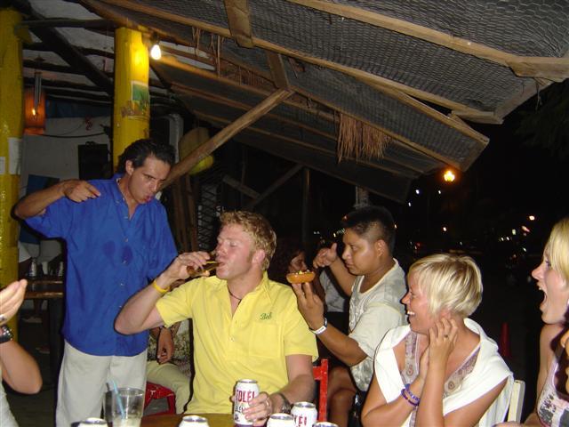 Tequilan serverades i grogglas på detta hak