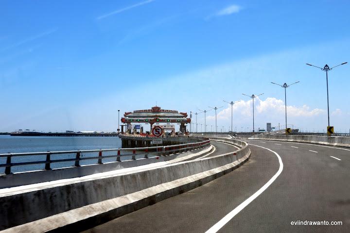 Ngurah Rai Tol Gate