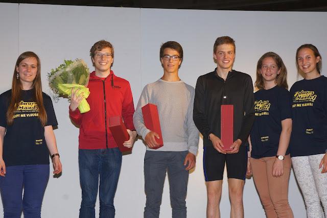 Simon Vanbruane wint de 3,5 km bij de heren, Dwars over de Mandel 2015